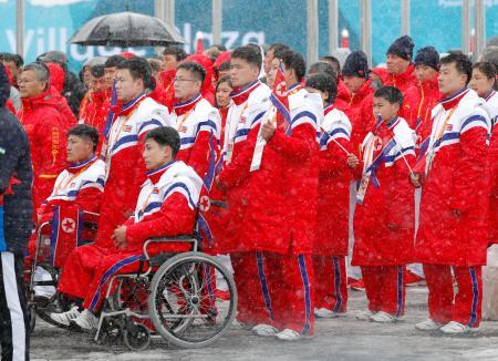 平昌パラ、北朝鮮選手団が入村式 韓国側が歓迎 :平昌オリンピック特集 ...