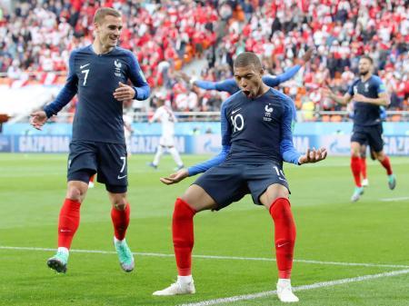 フランス1―0ペルー フランスが1...