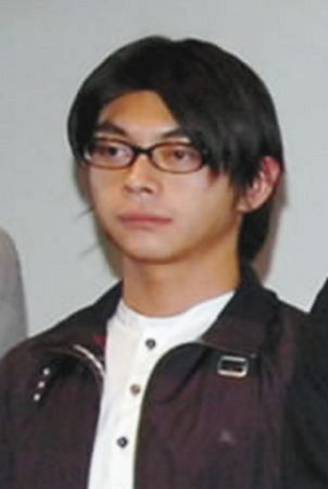 暴行容疑で逮捕された俳優の坂本真容疑者