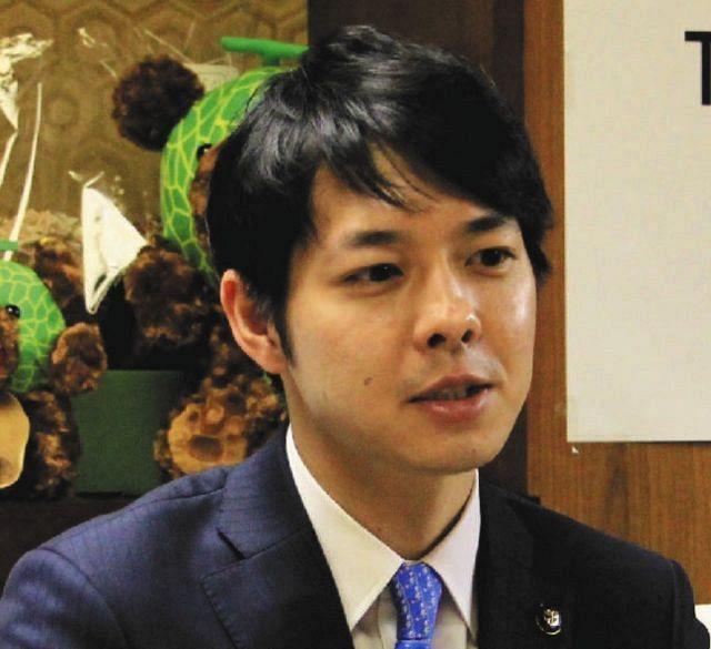 鈴木知事 北海道 イケメン