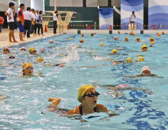 浜松の30分間回泳中止 安全と健康考慮:中日新聞しずおかWeb