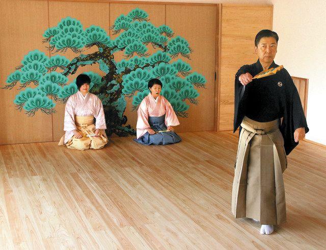 空き家に能舞台と喫茶店オープン 豊橋の「文化サロン汽水域」:中日新聞Web