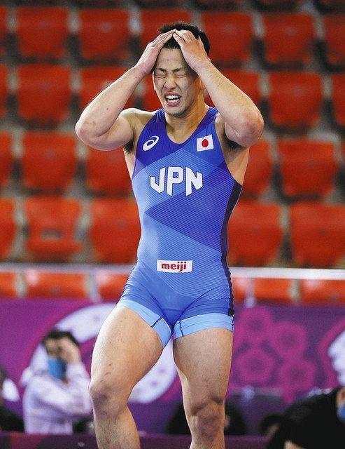 レスリング五輪アジア予選 屋比久2位、五輪へ 男子グレコ77キロ級