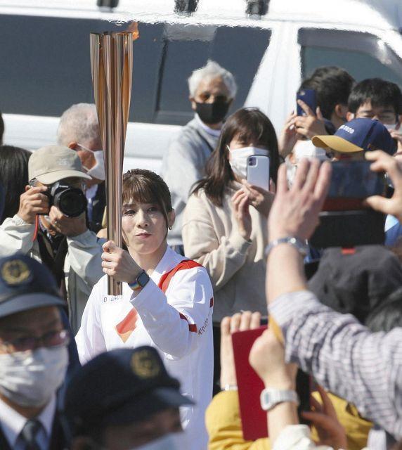 【聖火リレー】吉田沙保里さん 地元の三重・津を駆ける「一生の思い出になりました」喜ぶ