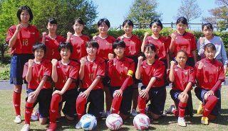 女子サッカー・浜松泉FC 新入団15人が加わる