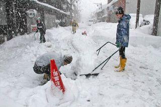 融雪止まり勝山住民苦労 市街地商店街 市の対応に疑問の声