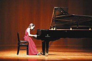 ピアノ演奏103人の音色 浜松で小中生らフェス