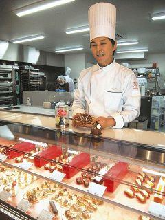 地元の食材 洋菓子で発信 氷見出身シェフ地域活性化に意欲 七尾中心部 20日開業