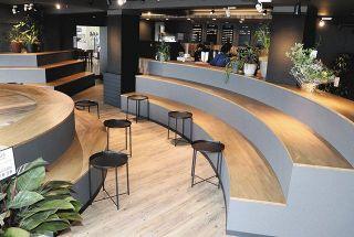 カフェが開店 バイカー癒やす 千里浜レストハウス内に SSTRとコラボ/海望むテラスも